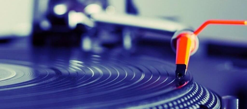 vinyl-1024×577